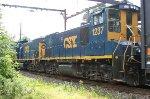 CSX 1237, 1211 on Q439